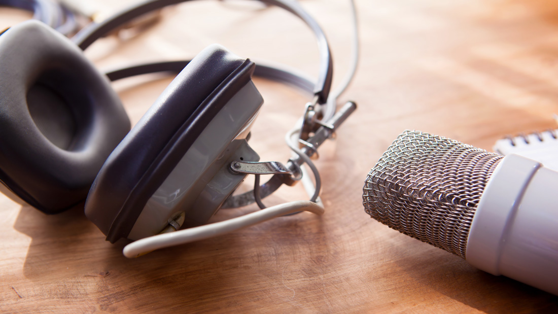 Professional voiceover business phone greetings almost free professional voiceover business phone greetings almost free m4hsunfo